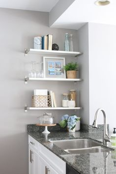 City Condo Makeover with Source List. Built in shelving is a great storage option for small condos. Looking to update and redesign the look of your condo? This city condo makeover with a detailed source list has all the inspiration your seraching for! Small Condo Living, Small Condo Kitchen, Condo Living Room, Living Room For Small Space, Small Living Room Storage, Small Kitchens, Small Bathrooms, Small Storage, Kitchen Shelves
