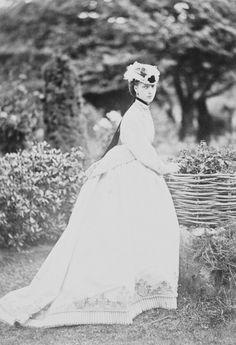 Portrait photograph of Queen Alexandra when Alexandra, Princess of Wales, September 1866 Princess Alexandra Of Denmark, Princess Of Wales, Vintage Photography, Fashion Photography, English Royalty, Queen Of England, Queen Mother, Queen Victoria, Royal Albert