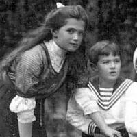Grand Duchess Maria Nikolaevna Romanova of Russia with Tsarevich Alexei Nikolaevich Romanov of Russia.A♥W