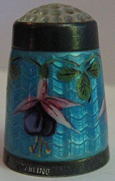 VINTAGE BEAUTIFUL STERLING SILVER & FUCHSIA FLOWER ENAMEL THIMBLE / US $375.00