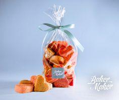 """Печенье """"Сердечное ассорти"""" сахарное, ванильное с маком, вишневое с кусочками ягод, манговое, медово-имбирное, красный бархат"""