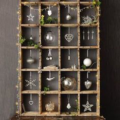 my french country home: silver christmas inspirationA shadow box or an old wooden bottle crate for this sweet holiday vignette! Customize the trinket/ornaments to suit your theme or decor preference!  I love this!