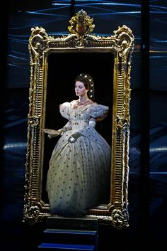 Elisabeth the musical Elisabeth Musical, Sarah Bailey, Feeling Invisible, Musical Film, Theatre Shows, In Another Life, Pantomime, Music Theater, Sissi