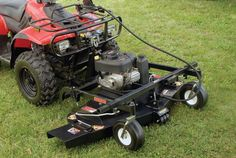 Save money by turning your all-terrain vehicle into a top hand. Four Wheeler Accessories, Utv Accessories, Tractor Accessories, Garden Tractor Attachments, Atv Attachments, Accessoires Quad, Garage Hoist, Atv Plow, Homemade Tractor