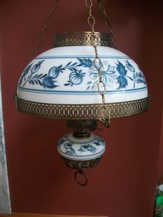 Gone with The Wind Brass Hurricane Hanging Lamp Blue Onion Floral Fantastic❤❤❤