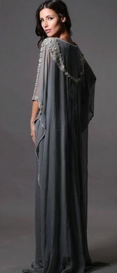 Nisaa #abaya #kaftan #caftan #jalabiya #bisht #arabfashion #dara #muslimfashion #asianfashion #middleeastern #luxury #elegant #modest