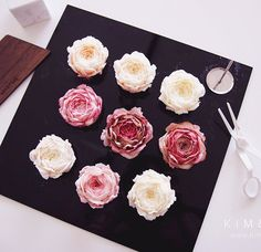Real New Peony Tips which were manufactured by Kim&Cake's order are mainly used for real flowers classes See you soon in real flowers classes #bakingclass#buttercream#cake#baking#수제케이크#weddingcake#버터크림케이크#꽃#flowers#buttercake#플라워케이크#wedding#버터크림플라워케이크#specialcake#birthdaycake#flower#장미#rose#디저트#케이크#cupcake#dessert#food#beautiful#부케#bouquet#instacake#꽃스타그램#flowercake#peony @yoon2222222