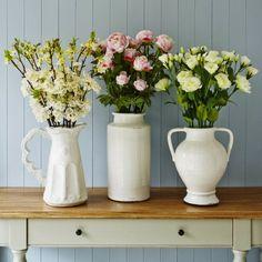 naturalidad-flores-distintos-jarrones-blancos.jpg (760×760)