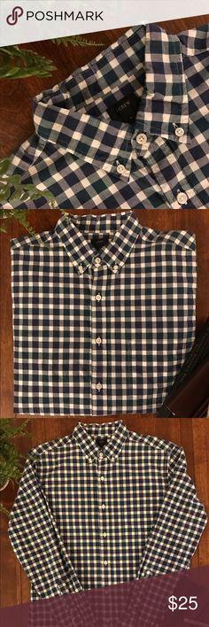 🎉HOST PICK🎉 J Crew - Medium - Button Down 100% Cotton J. Crew Shirts Casual Button Down Shirts