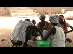Séjour famille la vie quotidienne part II - YouTube la cuisine/ La preparation des repas/ les taches menageres 3'50-6' (la ceremonie du the)