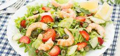 Perfect Summer Salad: Shrimp & Strawberry Salad With Walnut Vinaigrette