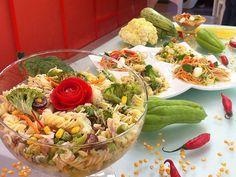 Esta receita é simplíssima e muito gostosa para incrementar seu almoço. Veja a seguir como preparar duas saladas de macarrão de Edu Guedes ...
