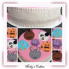 Dierendag taart met een konijn, vogel, paard, hond en kat #dieren #taart #konijn #vogel #paard #kat #hond #dierendag #cake #animal #rabbit #horse #dog #cat #bird
