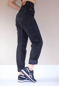 VINTAGE LEVI'S 501 BLACK BOYFRIEND JEANS black boyfriend jeans, casual and weekend wear essentials.