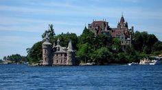 2-Day Niagara Falls and Thousand Islands or Howe Caverns Tour**Super Value Tour**