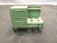 Vintage Tootsie Toy Green Doll House Metal Kitchen Stove Toy | eBay