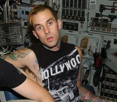 Blink 182, Travis Barker, Pop Punk, European Fashion, Hot, Mens Tops, Clothes, California, Women