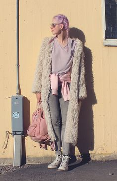 Sotzie Q - H&M Furry Cardigan, & Other Stories Lilac T Shirt, Fjällräven Kånken - I can see the sun but it leaves me blind
