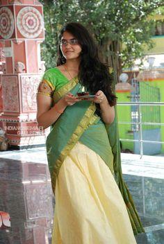 Indian Girls Images, South Actress, Half Saree, Indian Sarees, Traditional Wedding, Gorgeous Women, Beautiful, Wedding Bride, Desi