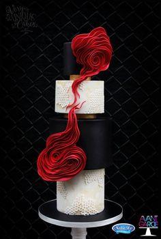 12 Wow-Factor Wedding Cakes — Cake Wrecks (Very Unique Cakes, New Jersey) Modern Cakes, Unique Cakes, Elegant Cakes, Beautiful Cake Designs, Gorgeous Cakes, Pretty Cakes, Cake Wrecks, Amazing Wedding Cakes, Amazing Cakes