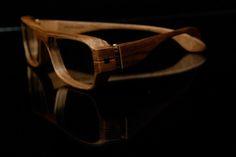 Herrlicht handmade wood glasses: walnut, maple or pear? | EYE WEAR GLASSES