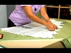 COMO HACER UNA CENEFA PARA CORTINAS PARTE 01 - YouTube Swag Curtains, Double Rod Curtains, Luxury Curtains, No Sew Curtains, Panel Curtains, Curtain Styles, Curtain Designs, Fold Bed Sheets, Piano Living Rooms
