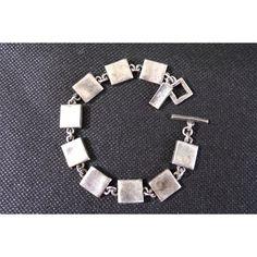 Bracelet vintage creator sharp metal Paris France jewelry designer... (€29) via Polyvore featuring jewelry, bracelets, vintage jewellery, metal bangles, vintage metal jewelry, vintage jewelry et metal jewelry