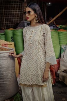 Origins Latest Eid Dresses Festive Collection consists of designer ready to wear suits in beautiful prints & designs for the coming festival! Simple Pakistani Dresses, Pakistani Fashion Casual, Pakistani Dress Design, Pakistani Outfits, Eid Outfits, Indian Dresses, Asian Fashion, Women's Fashion, Stylish Dresses For Girls