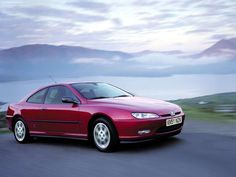 The Pininfarina design that was believed was for Ferrari and that Peugeot took - Today Pin Peugeot 406, Peugeot Bike, Citroen Xantia, Ferrari 456, Porsche, Peugeot Expert, Peugeot Partner, Auto Motor Sport, Garage Design