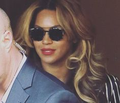 Beyoncé wearing Etnia Sunglasses #celebstyle #SheKnowsHerStyle  Get them: http://ift.tt/1T9ylEW