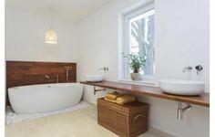 Living - online interior design, home decorating, home interior design Clawfoot Bathtub, Corner Bathtub, Decoration, Home Interior Design, Mid-century Modern, Sweet Home, Bathroom, Wood, House
