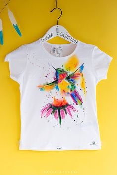 Hand painted Baby/Toddler/Child T-shirt with humming bird, White and Colorful, kids t-shirt, watercolor effect t-shirt: Fantastic Colibri