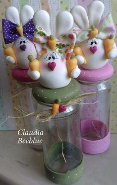 Suovenir Polymer Clay Figures, Polymer Clay Animals, Fimo Clay, Clay Projects, Clay Crafts, Diy And Crafts, Easter Cupcakes, Easter Cookies, Clay Bear