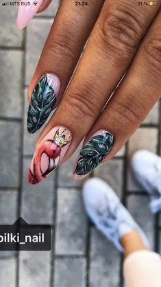 Disney Acrylic Nails, Best Acrylic Nails, Girls Nail Designs, Nail Art Designs, Stylish Nails, Trendy Nails, Jolie Nail Art, Flamingo Nails, Gold Glitter Nails