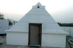 Maheshwara Pyramid Meditation Center year of construction : 2013  size : 12ft x 12ft (roof top) | capacity : 20 persons cost incurred :  80,000 | type of structure : RCC timing : 5AM-10PM, open for public use technical person : Anand Prasad contact : Mahesh, mobile : +91 98483 93111  address : near bus stand highway road choppadandi http://pyramidseverywhere.org/pyramids-directory/telangana/karimnagar-district