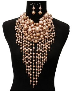 Glamorous Life Topaz Chunky Pearl Necklace set