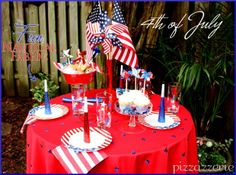 photos of gates decorated for 4th of july   Fun 4th of July Table Decor from Pizzazzerie