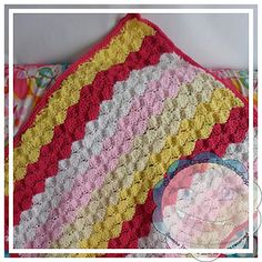 Giant Shell Stitch Blanket by CreativeCrochetWorkshop