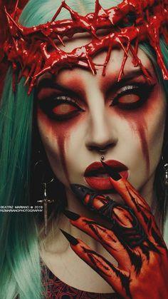 Twins Tattoo, Dark Art Photography, Female Vampire, Beautiful Dark Art, Evil Art, Horror Artwork, Arte Obscura, Dark Art Drawings, Scary Art