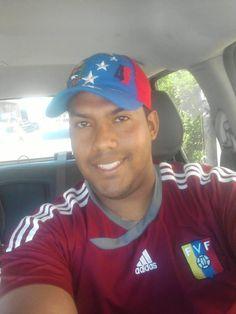 """#Venezuela->OTRO NAZI: Richard Escalona. Jefe de Colectivos Che UPEL-IPB principal agresor ayer en el Edif Nacional. pic.twitter.com/brTNBpVJ9F"""""""