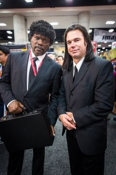 """Vincent Vega and Jules Winnfield cosplay from """"Pulp Fiction"""", SDCC San Diego Comic Con 2014 Cosplay Comic Con, Epic Cosplay, Male Cosplay, Amazing Cosplay, Cosplay Outfits, Cosplay Costumes, Anime Cosplay, Hallowen Costume, Cool Costumes"""