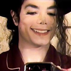 Jackson Instagram, Michael Jackson Smile, Peter Pan, Manhwa, Joseph, King, Mj, Memes, Dancing