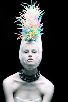 New York based photographer Tomaas shot this gorgeous 'Plastic Fantastic' series creating outfits and accessories only using disposable plastic props. I could not find the prop stylist's info anywhere, but she also did an amazing job! Unique Fashion, Fashion Art, Fashion Design, Fashion Wigs, Trendy Fashion, Style Fashion, High Fashion, Fashion Beauty, Creative Photography