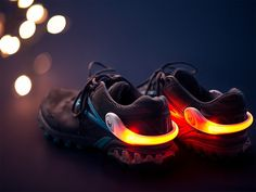 Running Safety Lights by 4id founders, Ron Biron and Rodger Bailey, strive to keep active people safe at dawn, dusk, or late at night with PowerSpurz and PowerArmz light bands. The bands are a great addition to regular exercise gear and slip on easily with no extra bulk. Simply wrap the Spurz around the heel of your sneaker or the Armz around your bicep, and toggle between flashing or continuous light options