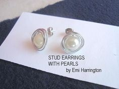 http://www.favecrafts.com/Jewelry-Making brings you this jewelry making tutorial! brings you this easy jewelry so you can learn to make some Pearl Stud Earrings.