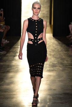 Cushnie et Ochs | Spring 2015 Ready-to-Wear | 34 Black cut out eyelet sleeveless midi dress