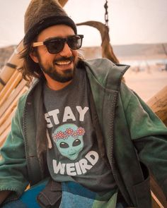 Weird Shirts T-Shirts Define Happiness, Stay Weird, Weird Things, Chilling, Cool T Shirts, Hipster, How To Wear, Instagram, Ideas