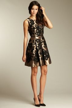 Ok - I need some DE-LISH-US shoes to go with this dress....Oh, and somewhere to wear this dress!
