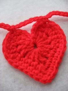 Pebbles & Poppys: Crocheted Hearts