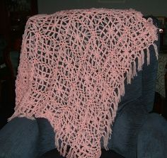 Butterfly loom daisy shawl (ref 211) £12.00